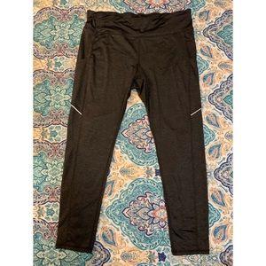 Women's Heathered grey workout leggings